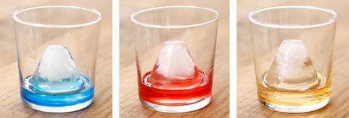 富士山の氷でいろんなドリンクを楽しむ
